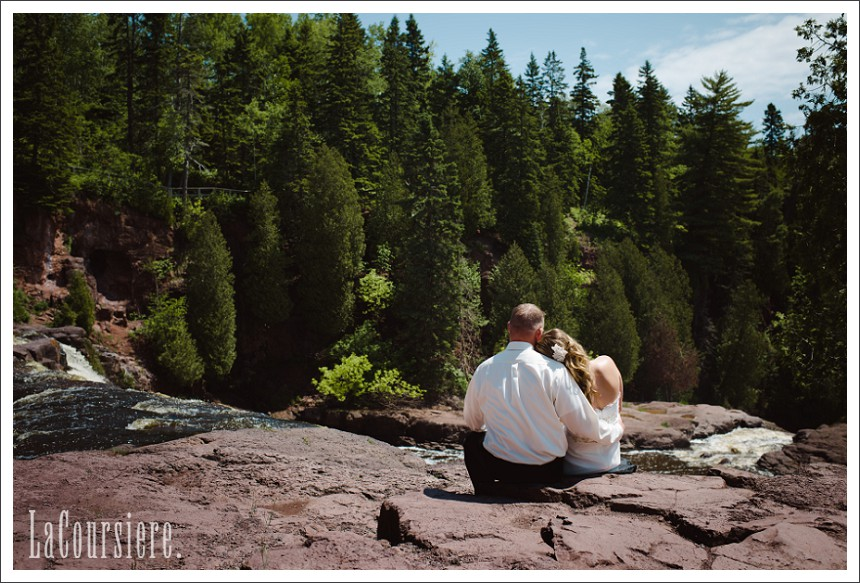 Gooseberry Falls Two Harbors Wedding Photographer 0042 Jpg